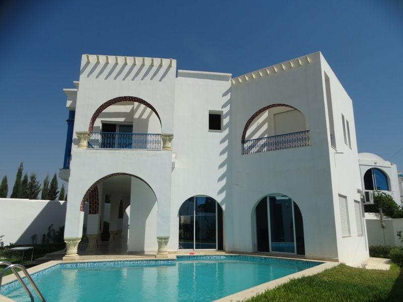 Villa crunchy 2 réf:  villa avec piscine