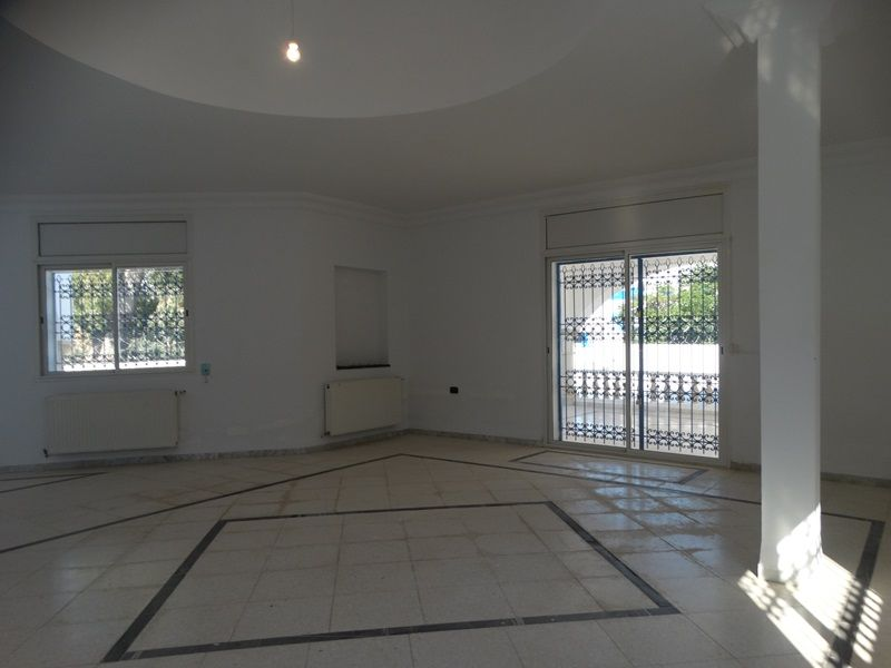 Villa yaris 2réf:villa yaris 2réf: non meublée