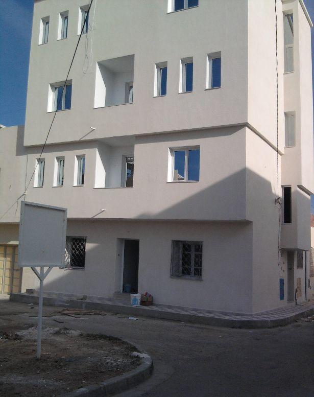 Un immeuble neuf a vendre vente immeuble hammam sousse for Vente immeuble neuf