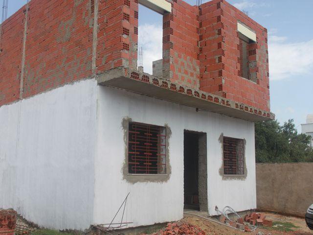 Villa 2 niveaux inachevés à mrezgua hammamet nord