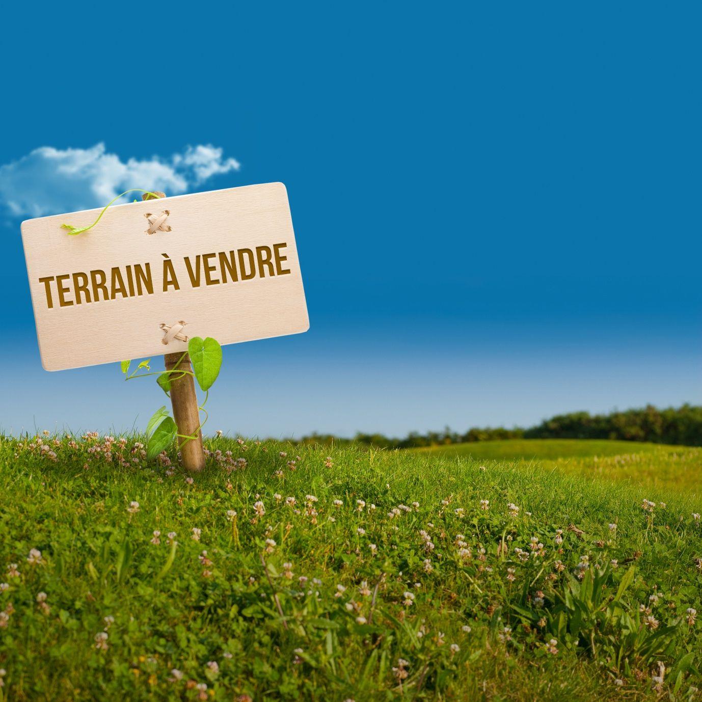 Terrain 700 m² zone théâtre