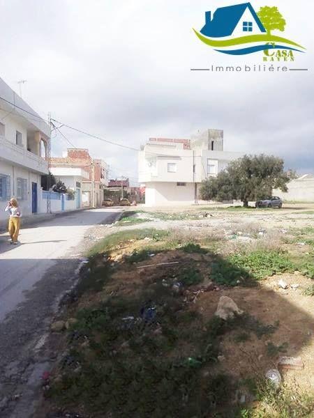 زوز أرضي في وسط بلاد قليبية الواحدة 183 متر