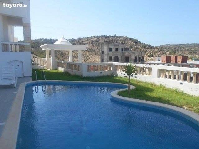 Belle villa s+4 avec piscine à hammamet