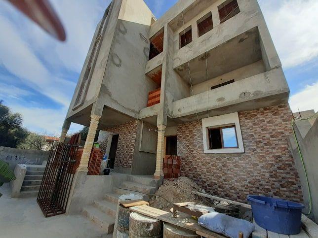 A vendre trois maisons a bareket sahel hammamet