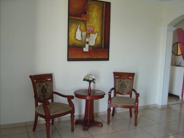 Une villa de style am ricain vente maison bekalta for Meuble bureau kairouan